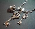 定番ネックレス・鍵+鍵小+王冠
