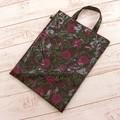 【3色展開】《香るバラシリーズ》A4サイズのシンプルトートバッグ※猫柄のタグ付