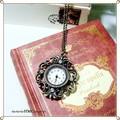 透かしデザイン ラインストーン付きアンティーク時計ネックレス