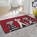 【直送可】【洗える玄関マット】アニマル柄 3匹の猫(ねこ)が玄関で可愛くお出迎え