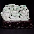 ☆高級一点物☆【天然石彫刻置物】本翡翠 (台付き) No.49【天然石 パワーストーン】