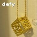 Defy(デフィー) キューブネックレス  デザイン/真鍮/レディース