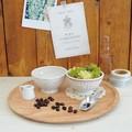 小物やお花を入れてもかわいいカフェオレボウルポット