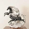 【動物置物/オーナメント】 跳ね馬(黒銀/白金) (直送可能)
