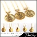 【Diane Yang】 イニシャルネックレス Vermeil disc & fresh water pearl