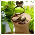 ○アンティークカラー 大き目まんまるボールのリング○
