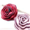 【均一SALE】バイカラーの薔薇フェルトブローチ【2色】