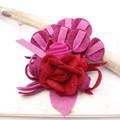 【均一SALE】華やかな薔薇のフェルトブローチ