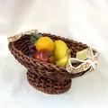 ポルトガル製 オーバルメッシュバスケット 楕円かご 花柄リボン付き  籐かご風 陶器製カゴ 大型