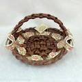 ポルトガル製 フラットメッシュバスケット 花柄 リボン付き ハンドメイド ハンドル付 籐かご風 陶器製カゴ