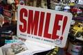 レディキロワット MDFボードサイン / SMILE!