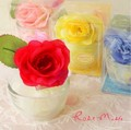 【グラスの上に鮮やかなバラの花がついています☆お部屋のアクセントに♪】ラウンドローズ