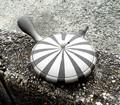 ■常滑焼急須【ジパング・常滑/陶製茶こし】淳蔵白黒ストライプ極平丸茶注