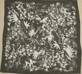 モノトーン花柄スカーフ