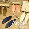 再入荷【Angie】 リアルフェザー羽根 A ゴールド イヤリング!4色展開。シンプル&フェミニン!