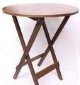 深みのあるブラウンでシンプルなデザイン。折り畳みできます。Mahoganyラウンドテーブル