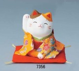 「心を癒す置物とインテリア」ちりめん招き猫