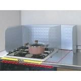【頑固な油汚れも!お手入れ簡単♪】システムキッチン用 折りたたみ式 レンジガード