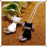 ○ シェル(貝) ネコちゃんプチネックレス Bタイプ  2カラー ○