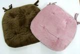 しっとりした肌触りの起毛素材がふんわり心地よい馬蹄型クッション 「ローズキルト V」