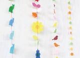 【ネパールの透き紙の質感と色合いが楽しい♪】ペーパーガーランド