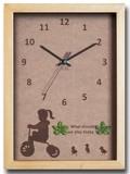 こどもたちとネコの仕草が可愛い北欧テイストのインテリアクロック(時計) Tricycle Girl/NA