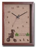 こどもたちとネコの仕草が可愛い北欧テイストのインテリアクロック(時計) Tricycle Girl/BR