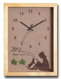 こどもたちとネコの仕草が可愛い北欧テイストのインテリアクロック(時計) Reading Girl/NA
