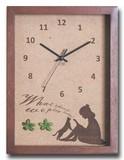 こどもたちとネコの仕草が可愛い北欧テイストのインテリアクロック(時計) Reading Girl/BR