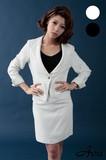 【スーツ】【Ava】114052 ツイード生地のシンプルリッチなスーツ