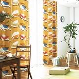 遮光カーテン【カジュエン】果実のなる木をイメージ。カジュアルでダイナミックなデザインの遮光カーテン