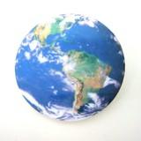 地球バッジ:unpetit(アンぺティット)