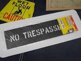 ステンシル 【NO TRESPASSING】 セーフティサイン プラスチック製 HANSON stencils
