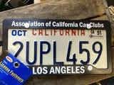 California Car Club ナンバープレートライセンスフレームセット / LOS ANGELES