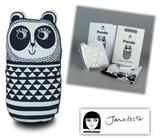 手作りソーイングキット『Medium Craft Kit- PANDA(M クラフトキット-パンダ)』by Jane Foster