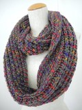 SALE【冬新作】ザックリ温かな、渋めの明るさアクセント中太の棒針手編みスヌード♪1069
