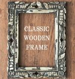 アンティーク仕上げ 手彫りの木製フレーム