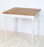 フレンチカントリーテーブル