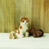 茶ブチのねこ【フェルト羊毛】【ハンドメイド】【動物羊毛】【猫】