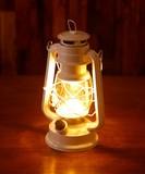 夜のアウトドアも快適!LEDが明るく灯る LEDランタン