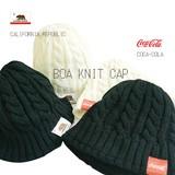 【当社生産】人気ブランド カリフォルニア リパブリック コカ・コ−ラ ニット帽子 ボア【秋冬新作】