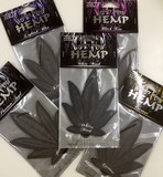 新たに香りを厳選した漆黒の「HEMP」【ヘンプエアフレッシュナーBLACK】