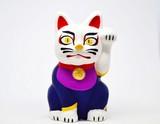 Beckoning cat kabuki