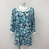 Pearl Necklace Floral Pattern Lace Tunic