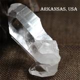 透明度抜群 アーカンソー州産 ナチュラル 水晶結晶  クリアクォーツ【FOREST パワーストーン】