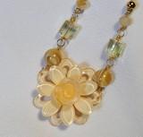 Popular Light Pink Flower Design Necklace