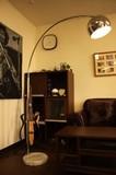 【ソファの横に置いても便利な照明です】【STYLISH】フロアライト