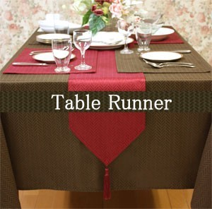 Modern Card Water-Repellent Processing Table Runner