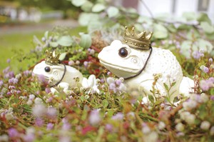 Garden Ornament Frog Size L
