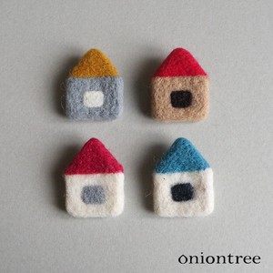 Felt Brooch House Accessory